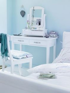 Decorating White Spaces by Adding a Delicate Touch of Color
