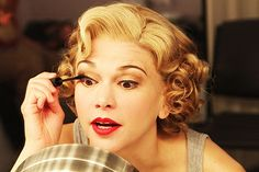 Sutton Foster gets ready for her final performance in ANYTHING GOES