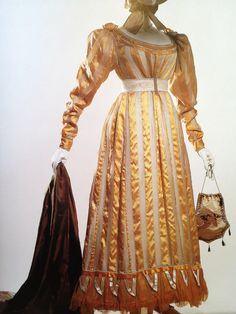"1822 day dress ""The Collection of the Kyoto Costume Institute FASHION A History from the 18th to the 20th Century"""