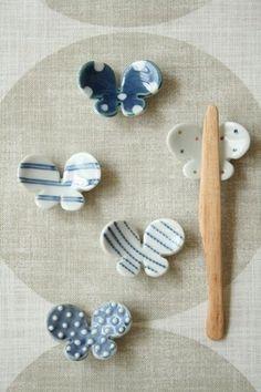砥部焼・中田窯 chiharu:ちょうちょの箸置き