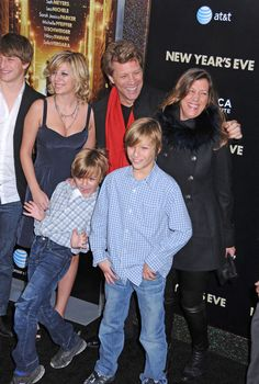 Jon Bon Jovi , Jesse, Romeo, Stephanie Rose and Jacob Photo - Stars at the 'New Year's Eve' Premiere in NYC