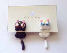 Cute Luna and Artemis Cat Clinging Earrings by momomony on Etsy