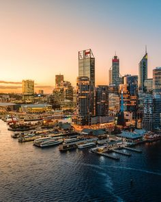Winter Outfits, Melbourne, Perth Western Australia, World Cities, Small Island, Island Life, Trip Planning, San Francisco Skyline, Traveling By Yourself