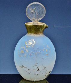 GORGEOUS-c1910-DAUM-NANCY-FRANCE-CAMEO-CUT-ART-GLASS-GOLD-GILT-PERFUME-BOTTLE