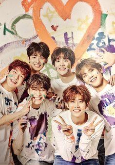 Astro family is so cute Right Aroha? Astro Boy, Cha Eunwoo Astro, Korean Bands, South Korean Boy Band, Mamamoo, Brad Pitt, K Pop, Monsta X, Shinee