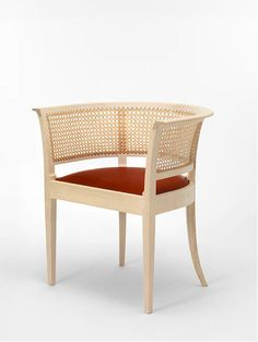 Kaare Klint Faaborg chair in ash, whiteoil. Seat in tan oxhide. Outdoor Chairs, Outdoor Furniture, Outdoor Decor, Armchair, Interior, Ash, Designers, Wood, Home Decor