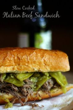 SO easy! Slow cooker Italian beef sandwich is packed full of tender, juicy lean beef and peperoncini peppers! It's the perfect recipe for weekends, game days, and potluck dinners. Slow Cooker Steak, Slow Cooker Italian Beef, Slow Cooker Pasta, Rice Cooker, Slow Cooker Desserts, Slow Cooker Recipes, Beef Recipes, Italian Recipes, Easy Potluck Recipes