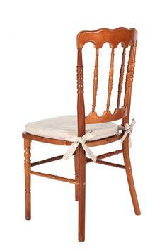 Cadeira Dior de madeira – site
