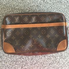 Authentic Louis Vuitton Compiegne 28 Used and authentic. Larger size great for travel Louis Vuitton Bags