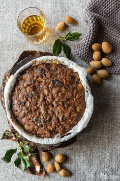 When I saw this traditional English Christmas cake in the Sep/OctJamieMagazine issue, I knew immediately that I would have definitely baked it for Christmas (yeah, I know, I love Christmas and I start thinking about it as soon as I…