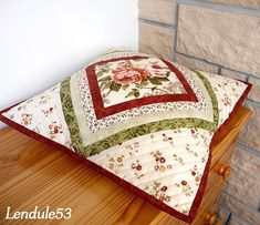 Wonderful Mesmerizing Sewing Ideas for All. Awe Inspiring Wonderful Mesmerizing Sewing Ideas for All. Patchwork Cushion, Patchwork Baby, Quilted Pillow, Cushion Fabric, Sewing Pillows, Diy Pillows, Decorative Pillows, Throw Pillows, Diy Pillow Covers
