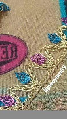 This Pin was discovered by Ays Needle Lace, Bobbin Lace, Needle And Thread, Pearl Embroidery, Cross Stitch Embroidery, Crochet Unique, Olay, Filet Crochet, Tatting