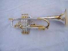I wish I could play as fine as this trumpet looks...
