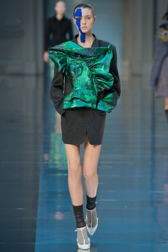 John Galliano for Maison Margiela Fall Winter 2015 Haute Couture Fashion Week, Paris Fashion, Runway Fashion, High Fashion, Fashion Show, Fashion Design, John Galliano, Couture Collection, Designer Collection