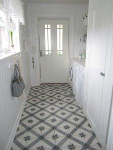 Laundry room - beautiful tiles