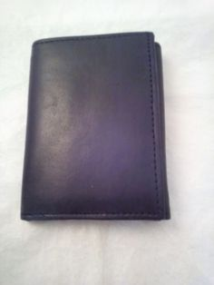 Gold Coast Tri Fold Billfold Black Wallet