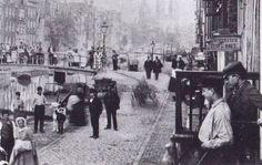 Lindengracht 1900 met het water en vuur winkeltje