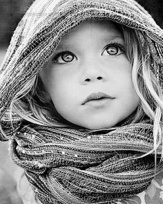 Beautiful black and white portrait of a little girl. Foto Portrait, Portrait Photography, Black And White Photography Portraits, Amazing Photography, Photography Ideas, Beautiful Children, Beautiful Babies, Precious Children, Beautiful Eyes