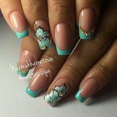 No photo description available. Fancy Nails, Cute Nails, Pretty Nails, Acrylic Nail Designs, Nail Art Designs, Acrylic Nails, Turquoise Nail Designs, Latest Nail Art, Gelish Nails