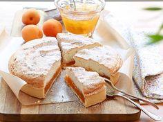 Une tarte moelleuse, garnie des saveurs envoûtantes de Toulouse : amandes, citrons confits, abricots. Irrésistible.