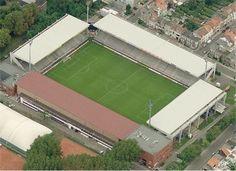 Olympisch Stadion 't Kiel - Koninklijke Beerschot Antwerpen Club Soccer Stadium, Football Stadiums, European Football, Olympics, Cities, Sports, Mexico City, Kiel, Football Soccer