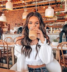 Summer Fashion Sexy Off Shoulder Short Crop Chiffon Blouse – girl photoshoot poses Cute Instagram Pictures, Cute Poses For Pictures, Instagram Pose, Insta Pictures, Picture Ideas For Instagram, Instagram Girls, Cute Photos, Instagram Summer, Tumblr Picture Ideas