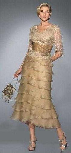 ... una linda colección de vestidos de fiesta de Pronovias 2010