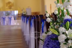 Niebieska dekoracja ślubna kościoła Opole Grudzice Church Flower Arrangements, Table Decorations, Flowers, Home Decor, Grooms Table, Engagement, Lights, Decoration Home, Room Decor