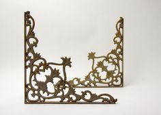 cast iron vintage shelf brackets