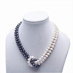 Bello collar de perlas en color gris y blanco.. Puedes hacer tu combinacion segun