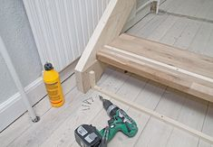 Sådan bygger du nemt en gør-del-selv-trappe   idényt Shoe Rack, Dyi, Home Appliances, House Appliances, Shoe Closet, Appliances, Shoe Racks