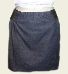 Very nice skirt in jeans, with an elastic belt. click on the photo to go to the website.
