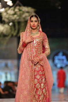 65364cdf12 Bridal Dupatta, Pakistani Bridal Dresses, Dupatta Setting, Bridal Dress  Design, Indian Wear