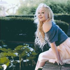 One of my all time favorites on The Voice. Season 2's RaeLynn. #TeamBlake