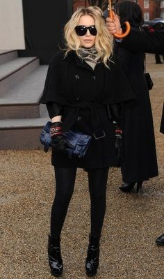 Love a classy cape for fall/winter. Mary-Kate Olsen