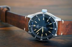 The Eza Sealander is a modern dive watch that is clearly vintage inspired.