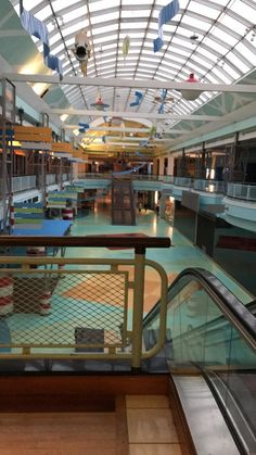 For pictures, articles, videos an discussions of malls from the past or current malls in their dead, dying, abandoned or currently being. Abandoned Malls, Dead Malls, Mall Stores, Shopping Malls, Graphic Design Branding, Retro Futurism, Vaporwave, Comfort Zone, Interior Architecture