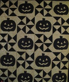Boughs of Holly quilt shoppe Halloween quilt