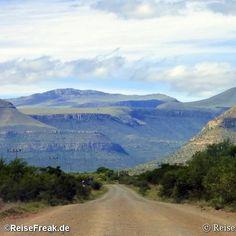 Über Instagram hier eingefügt Auf nach #Südafrika! #Samarakaroo #Samara #Wildreservat #karoo #gamereserve #Kapstadt #Südafrika.  Mehr #GardenRoute  in meinem #Ebook? bei Amazon. Siehe ReiseFreak.de - #Ebooks #wbpinsa  #wbesaesa #wb1001rb