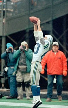 December 10, 1989.  Steve Largent catches his 100th career TD, breaking the previous record held by Don Hutson.