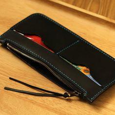 100% Handmade-stitched Black Vegetable Tanned Leather Wallet Black Zip  Case Holder. Bőr PénztárcaBőr ... 6d5340b104