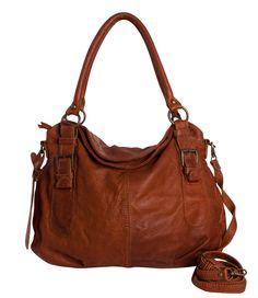 Je kunt de tas dragen aan de korte hengsels of als crossbody met het lange hengsel. De tas is gemaakt van soepel leer, waardoor de tas goed in model valt. Tote Backpack, Tote Purse, Tote Handbags, Messenger Bag, Tote Bags, Fashion Bags, Fashion Accessories, Vintage Bags, Beautiful Bags