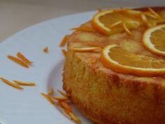 Pastel libanes de almendras y naranja. Parece un flan con almendras, y naranjas en vez de leche. Candy Recipes, Mexican Food Recipes, Sweet Recipes, Dessert Recipes, Flan, Torta Baby Shower, Delicious Desserts, Yummy Food, Sweet Dough