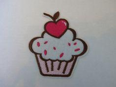 """Cupcake"" Bügelbild / Applikation von Beautyme Fashion auf DaWanda.com Candy Girls, Cupcakes, Applique, Etsy, Accessories, Appliques, Cupcake, Cupcake Cakes, Cup Cakes"
