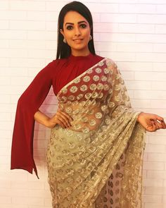 Looking for stylish blouse designs for sarees? Here are chic blouse models with fancy neck and sleeve designs that you can wear with any saree. Blouse Back Neck Designs, Best Blouse Designs, Saree Draping Styles, Saree Styles, Shagun Blouse Designs, Saree Jacket Designs, Stylish Blouse Design, Saree Trends, Stylish Sarees