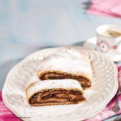 Walnuss-Strudel aus Topfenteig Strudel, Nutella, Pancakes, Breakfast, Food, Oven, Food Portions, Diy, Food And Drinks