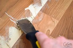 How to patch gaps in laminate floors when you have removed a wall or want to join two sections of laminate flooring together and can& snap togeth. Laminate Floor Repair, Wood Floor Repair, Laminate Flooring Colors, Wood Laminate Flooring, Basement Flooring, Basement Remodeling, Vinyl Flooring, Flooring Ideas, Painting Laminate Floors
