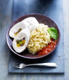 Marbré de volailles aux poivrons, coulis de tomates au basilic - J'ai 30 ans : mes recettes basses calories - Femme Actuelle