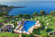 The St. Regis Mardavall   Mallorca   #ideas #espacios para tu #boda #vistas al #mar ♥♥ The Wedding Fashion Night ♥♥ ♥ Visita www.wfnclub.com ♥