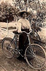 She and her bicycle ca. 1910 (H A T S C H I B R A T S C H I) Tags: old woman bike bicycle vintage bicycling women femme 1900 oldphoto oldtimer biker bicyclist 1910 velo fahrrad 1905 vintagephoto vintagebicycle fotographie fahrradfahrer waffenrad oldtimerfahrrad fahrradoldtimer fahrradfoto